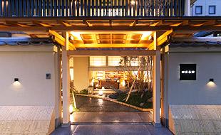松井本館 入り口